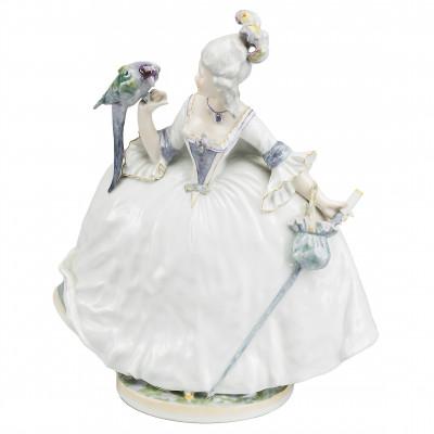 "Porcelain figure ""Lady with a parrot"""