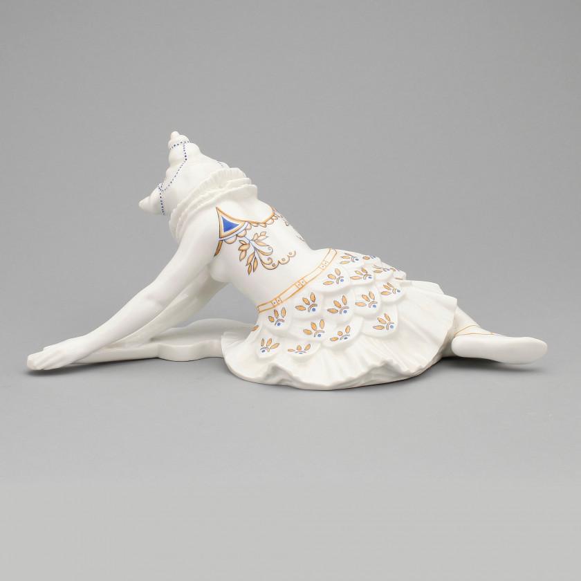 """Porcelāna figūra """"Kolombina"""""""