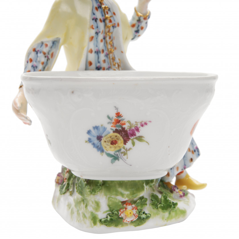 "Porcelain figure ""Turk lady"""