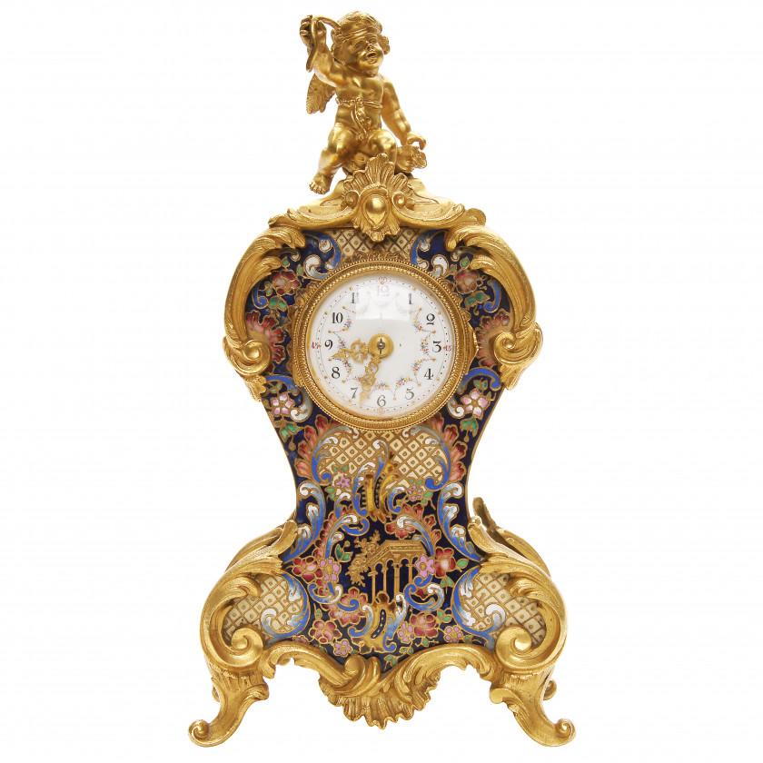 Бронзовые каминные часы с выемчатой эмалью