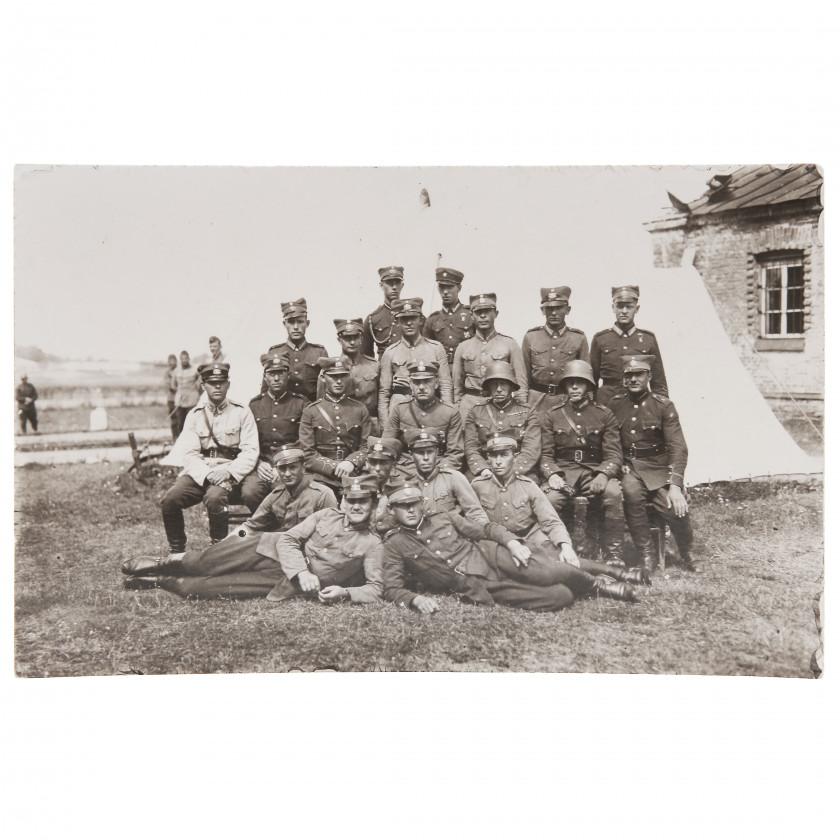 "Фотография ""Солдаты Латвийской армии"""