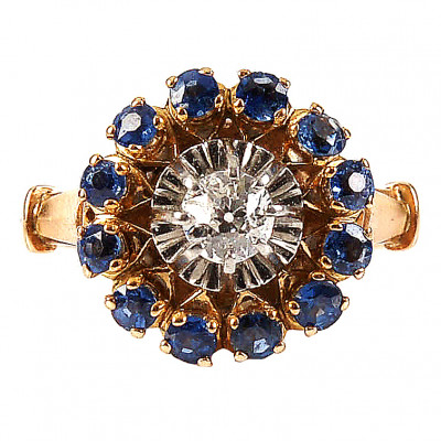 Gold ring with diamond and sapphires