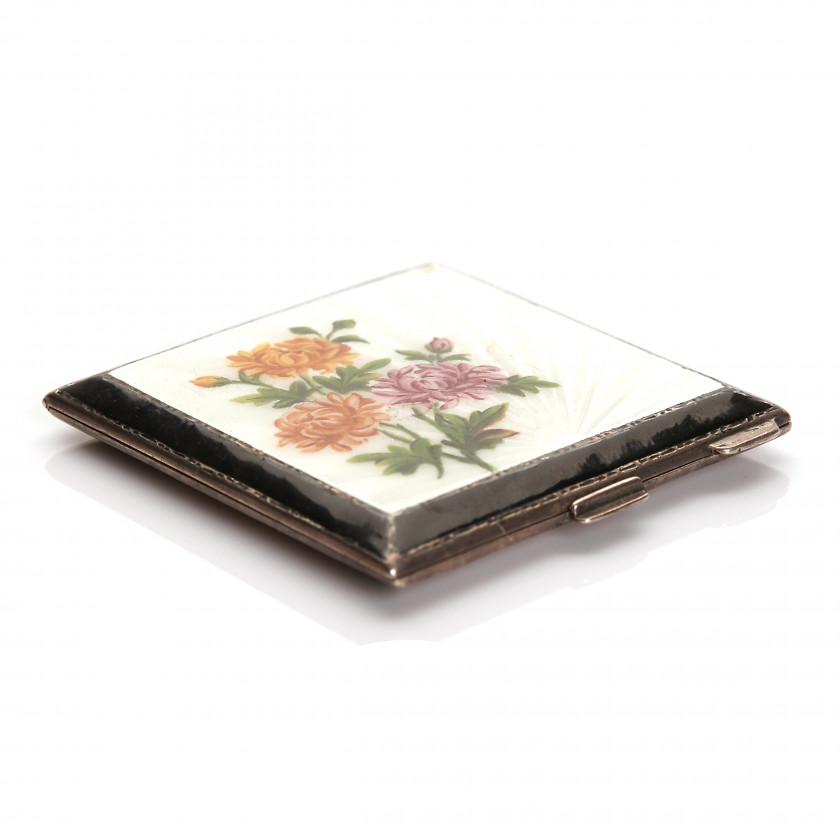 Silver compact with guilloche enamel
