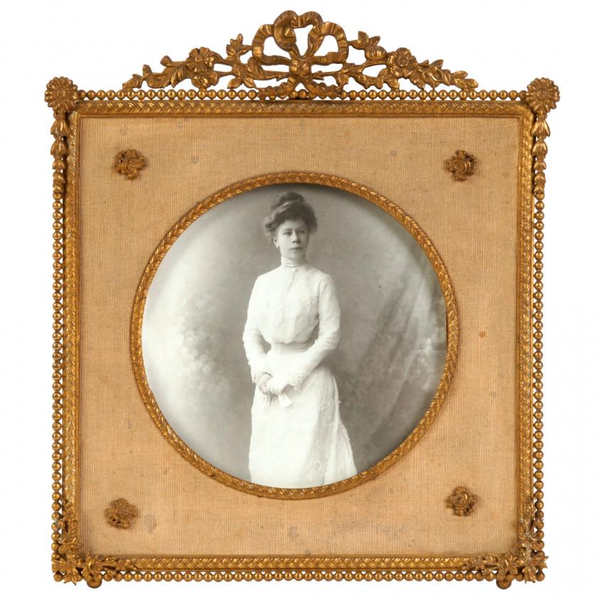 Bronze photo frame
