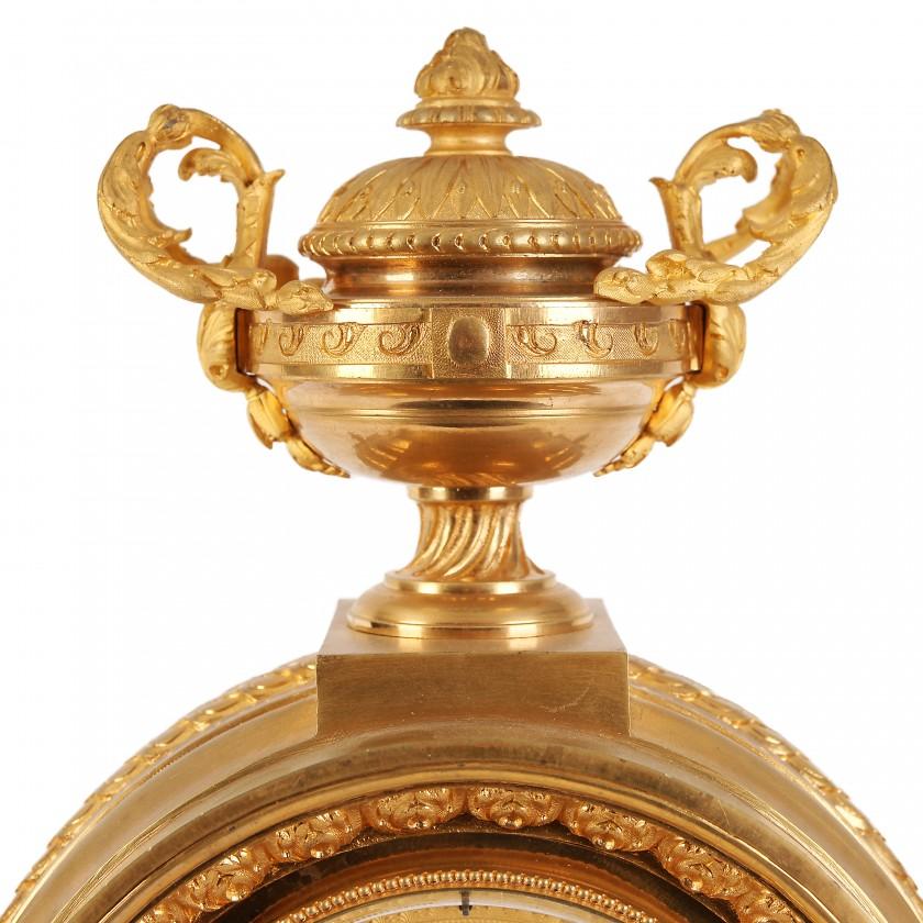 Large bronze mantel clock