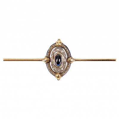 Gold brooch with sapphire and diamonds