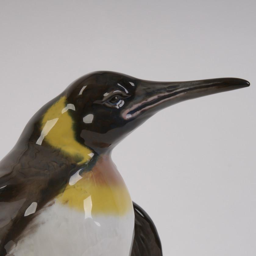 "Porcelain figure ""Penguin"""
