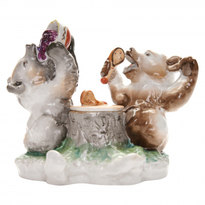 "Porcelain inkwell ""Bear cubs"""