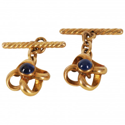 Gold cufflinks with sapphires