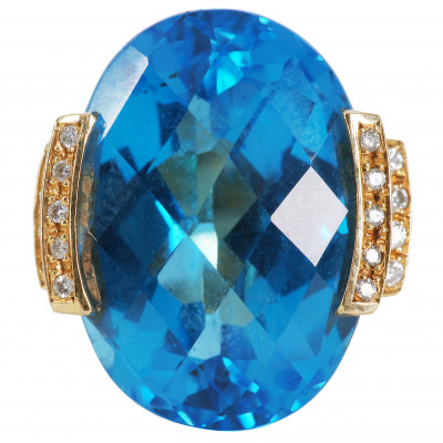 Gold ring with topaz and diamonds