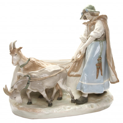 "Porcelain figure ""Shepherdess"""