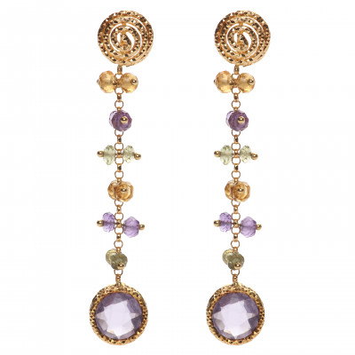 Gold earrings with precious stones