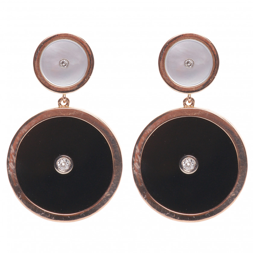 Gold earrings with agate, mother of pearl and diamonds