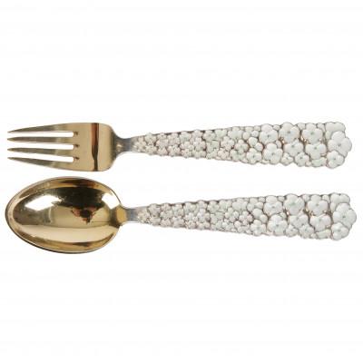 Серебряная ложка и вилка