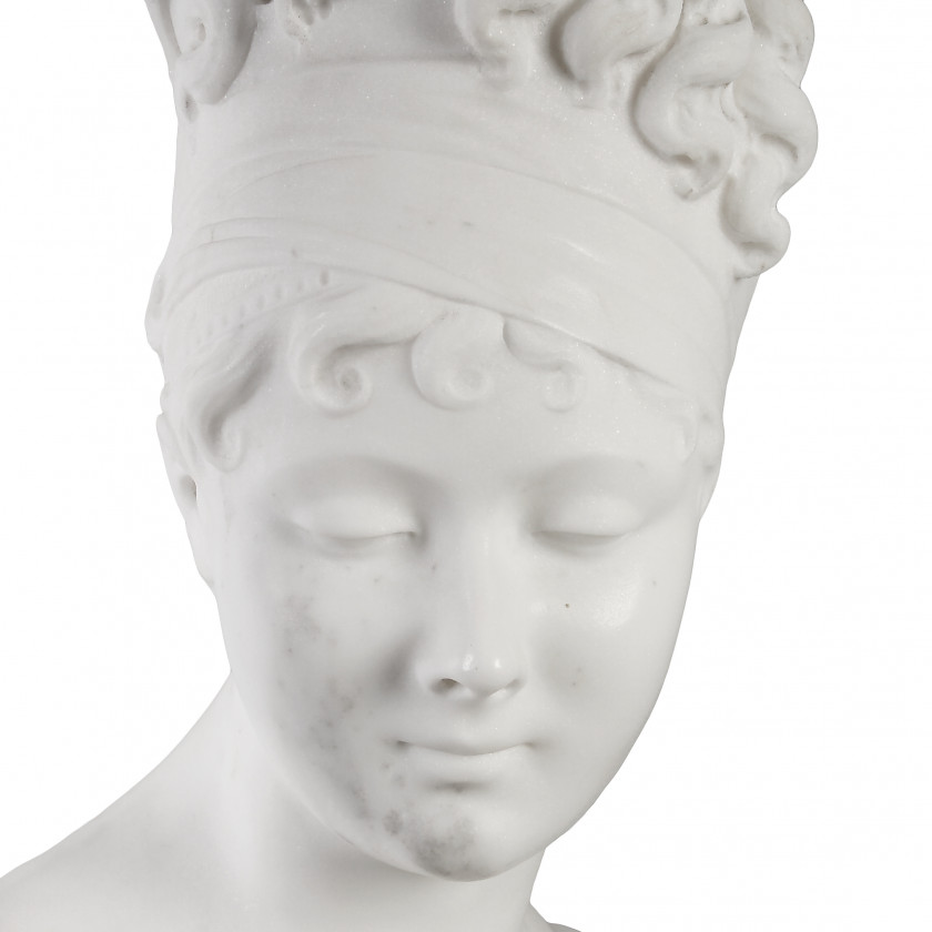 "Marble bust ""Madame Recamier"""