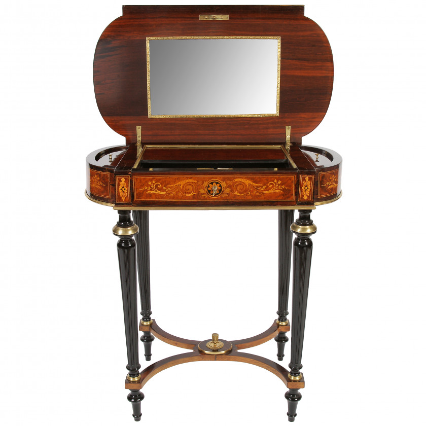 Ladies' table with mirror