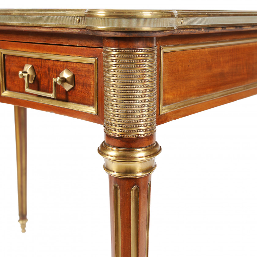 Cabinet table in Louis XVI style