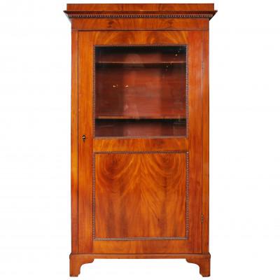 Bookcase in biedermeier style