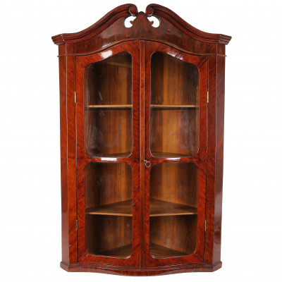 Wall-mounted corner cabinet