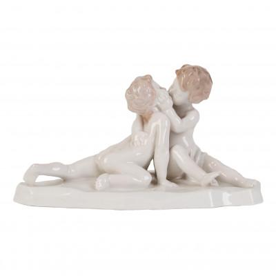"Porcelain figure ""Young love"""
