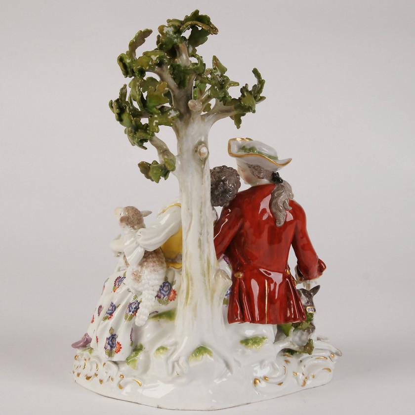 """Porcelāna figūra """"Gans un gane"""""""