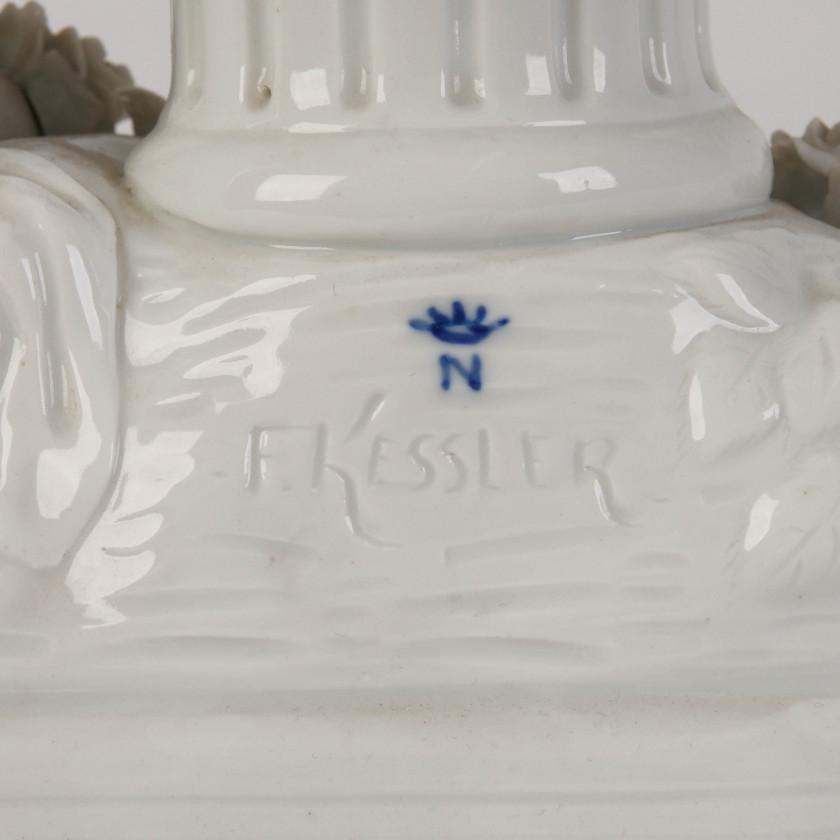 """Porcelāna figūra """"Eņģelis ar lāpu"""""""