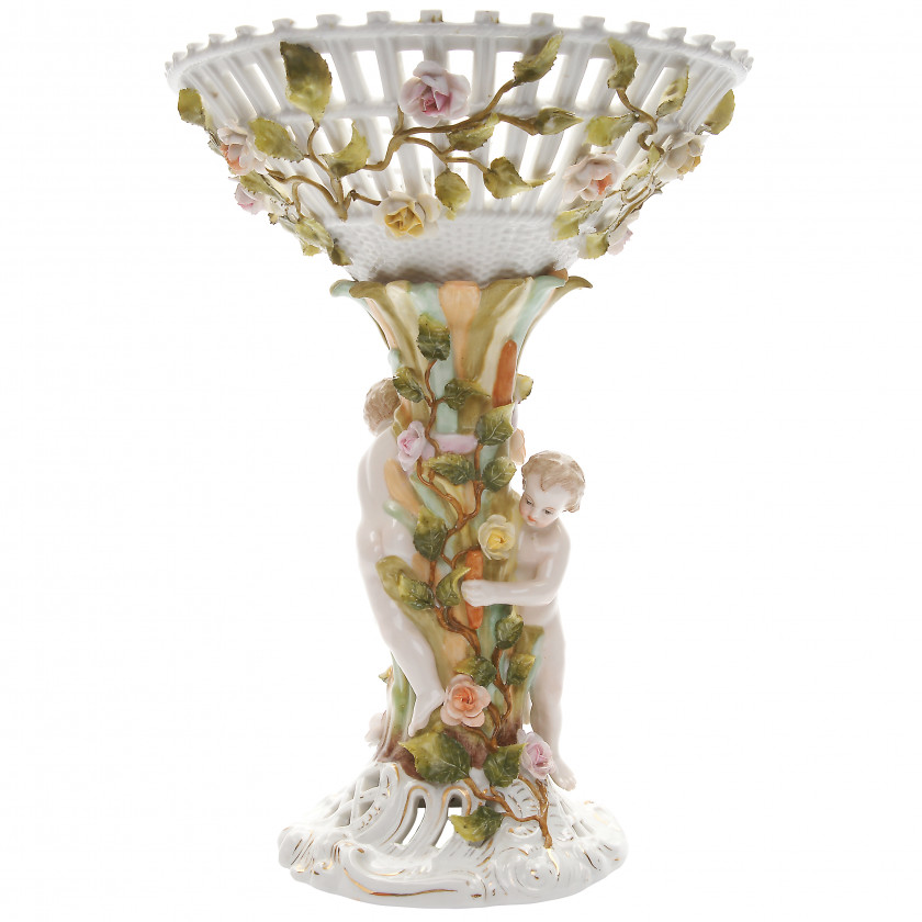 Porcelain vase with putti