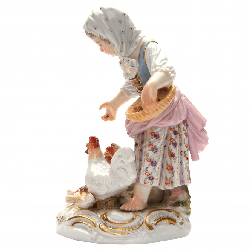 "Porcelāna figūra ""Meitene baro vistas"""