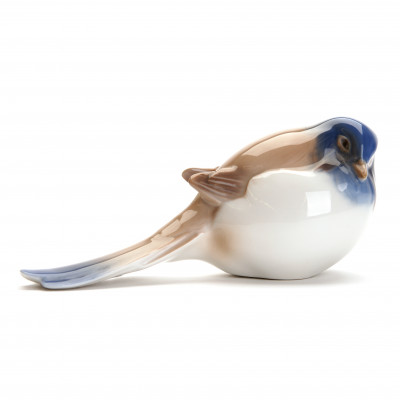 "Porcelain figure ""Titmouse"""