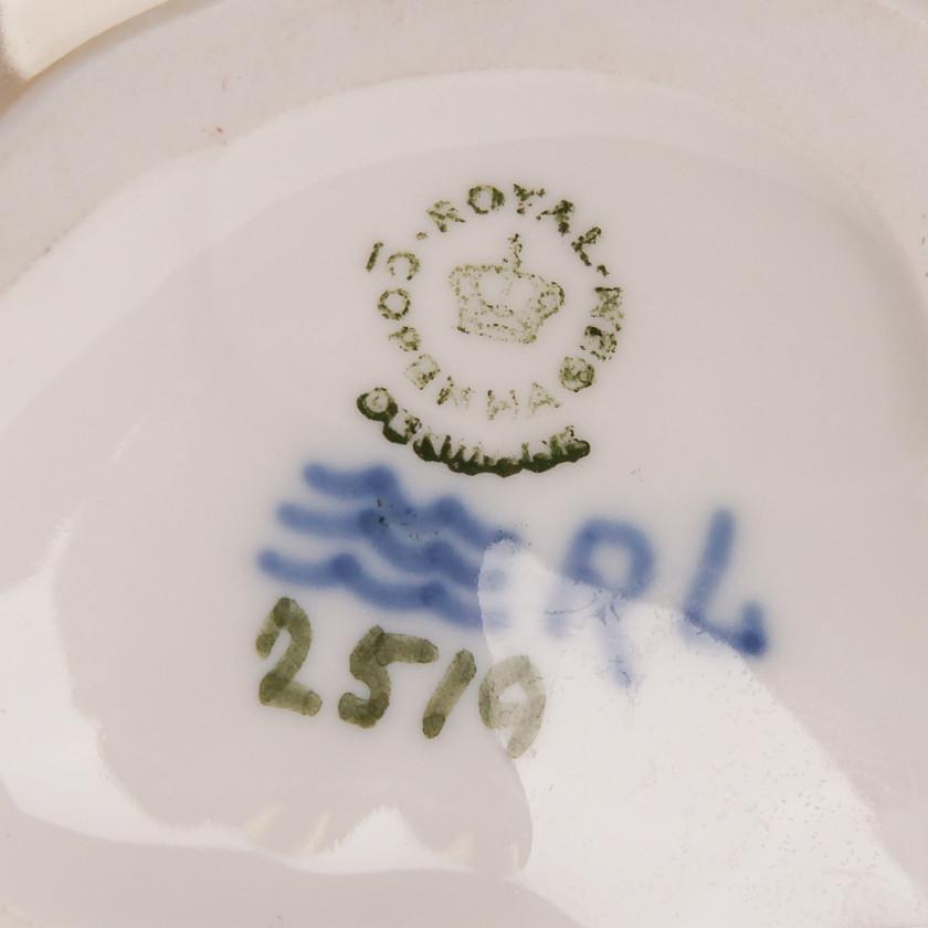 """Porcelain figure """"Two Sealions"""""""