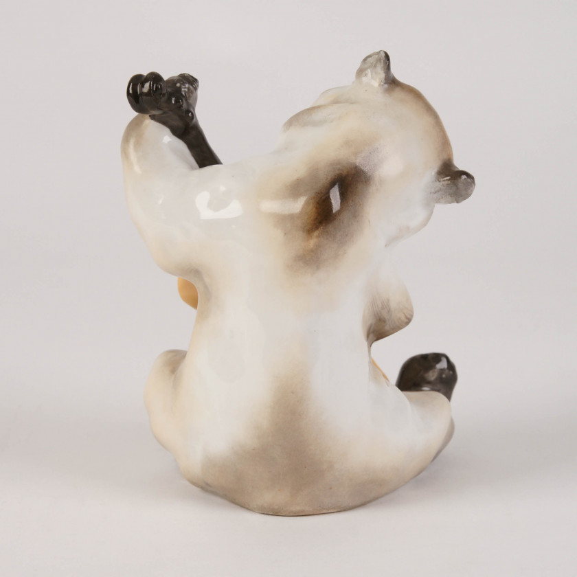 "Porcelain figure ""Bear with a contrabass"""