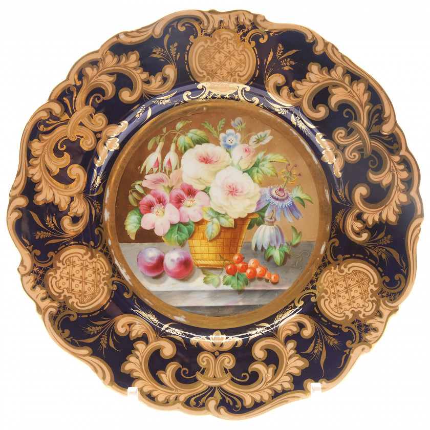 Dessert plate with floral still life
