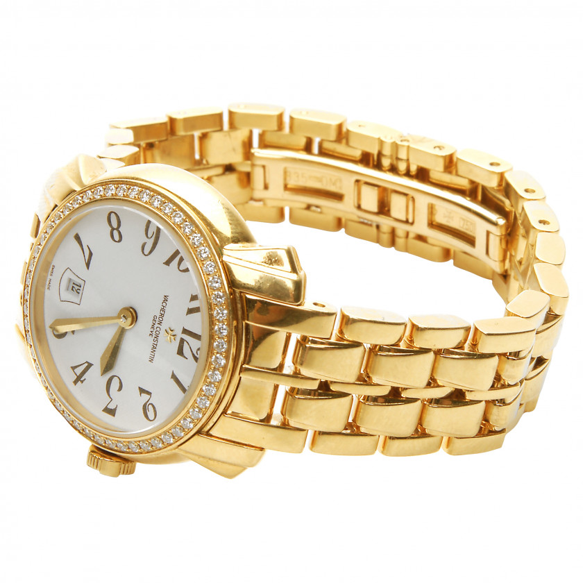 Gold ladies watch Vacheron Constantin