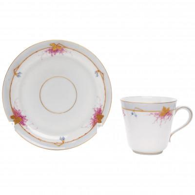Фарфоровая кофейная чашечка с блюдцем