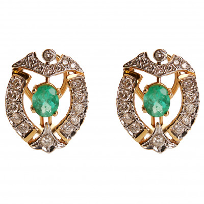 Gold earrings with emeralds and diamonds