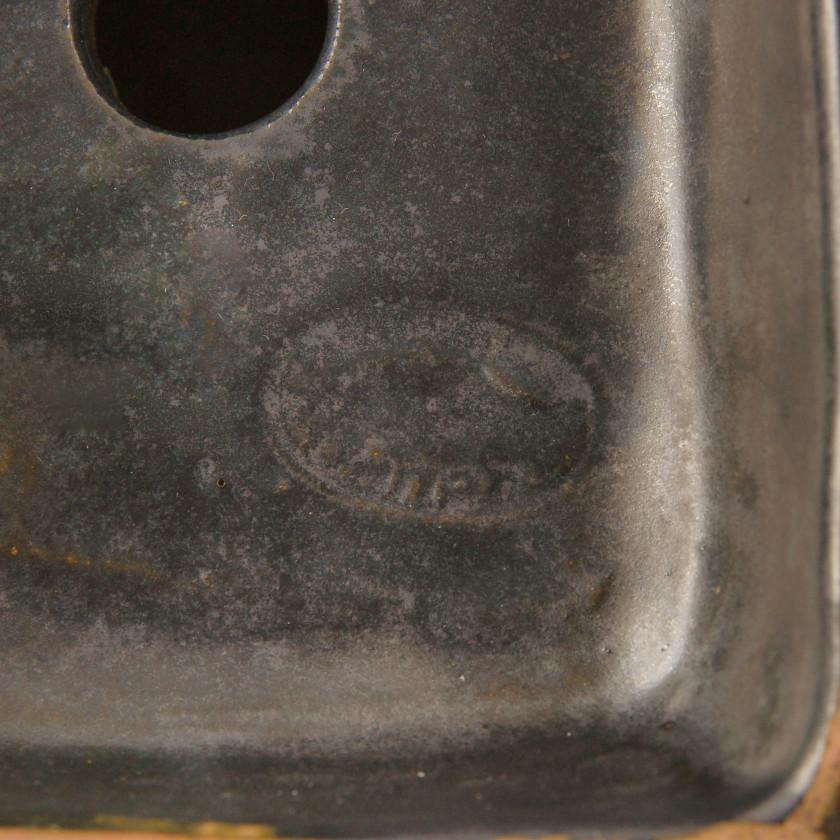 Ceramic book holder