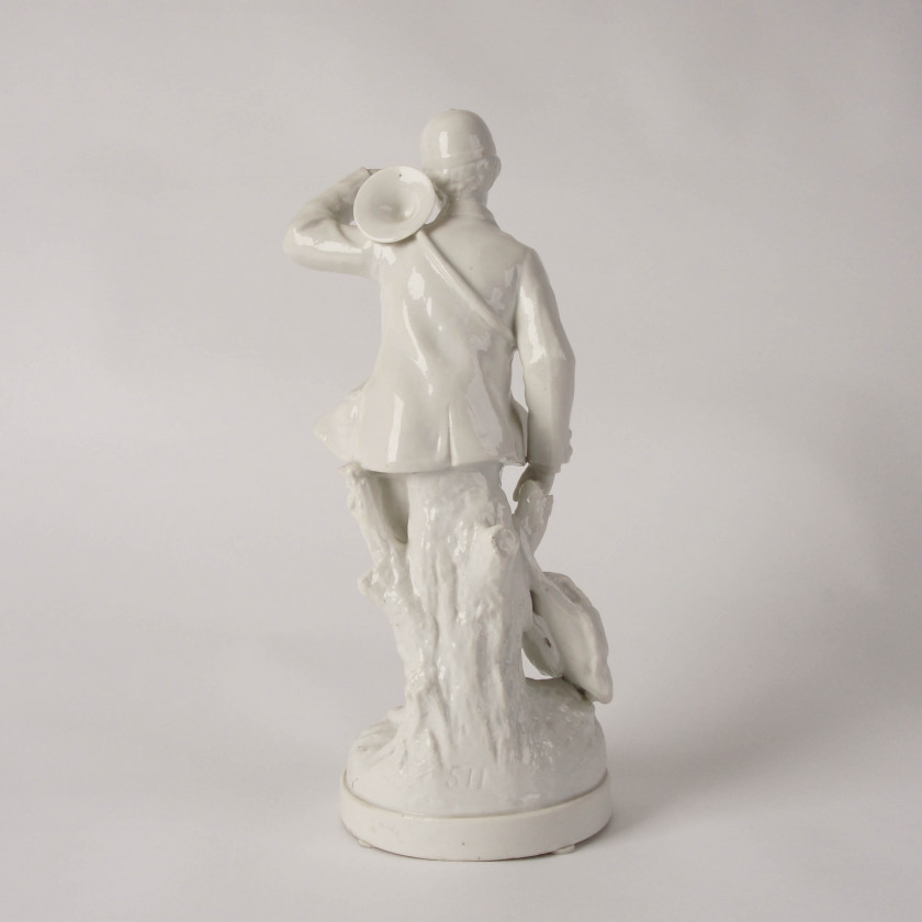 "Porcelain figure ""Hunter"""