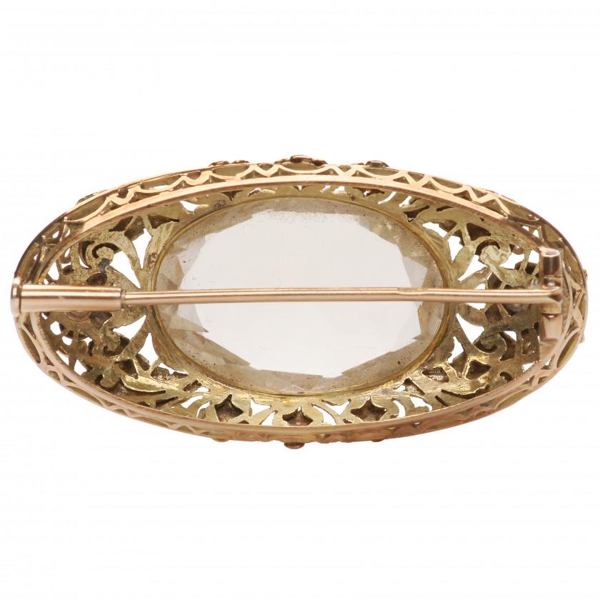 Gold brooch with smoky quartz