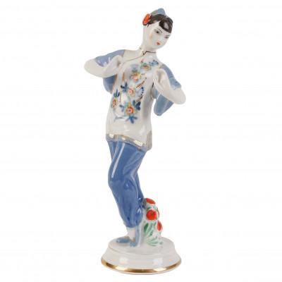 "Porcelain figure ""Dancing Chinese woman"""