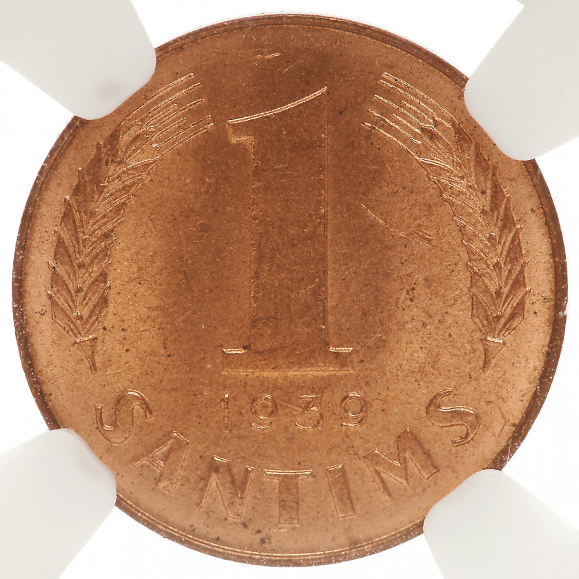 "Coin in NGC slab ""1 santims 1939, MS 64 RD"""