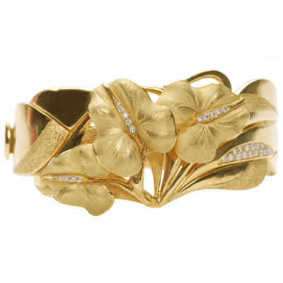 Gold bracelet with diamonds Annamaria Cammill...