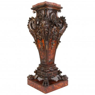 Деревянная колонна