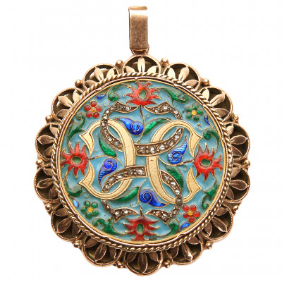 Gold pendant with diamonds and enamel