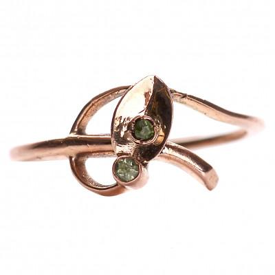 Zelta gredzens ar demantoīdiem