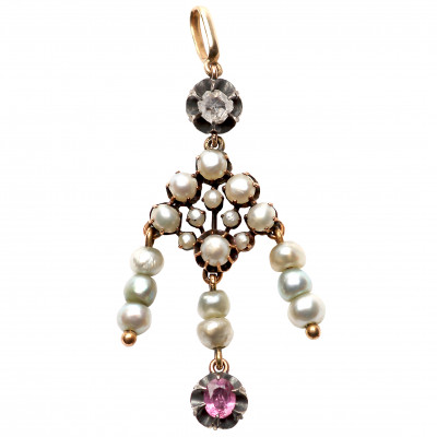 Gold pendant with pearls, diamond and ruby